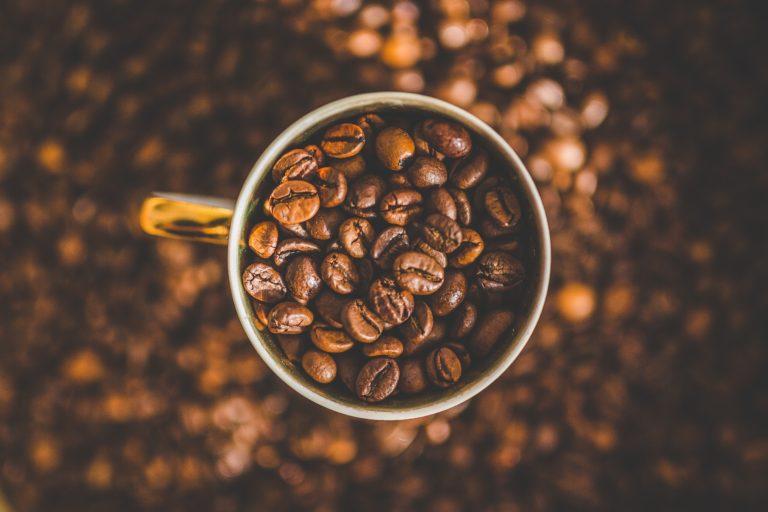 Piling za lice od kave